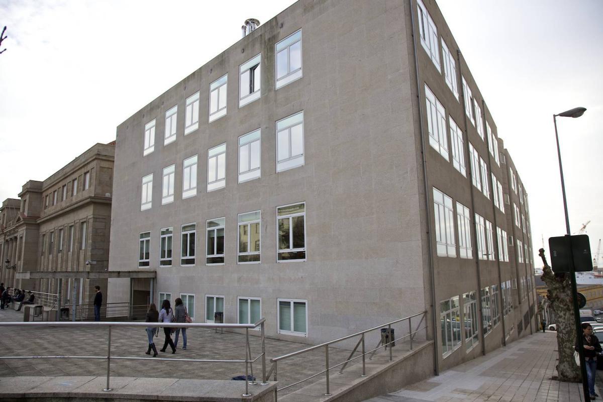 Edificio Anexo de la Escuela Universitaria de Estudios Empresariales (E.U.E.E.) de la Universidad de Vigo
